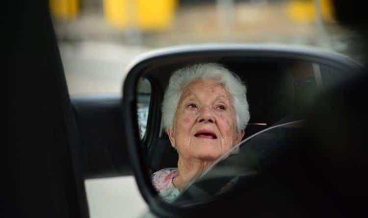 Chauffeur Pour Personnes Agées